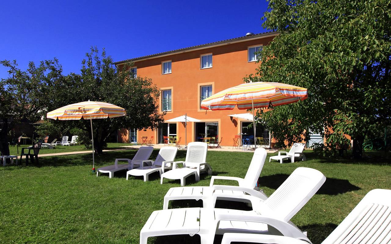Contact le pariou hotel for Terrace address