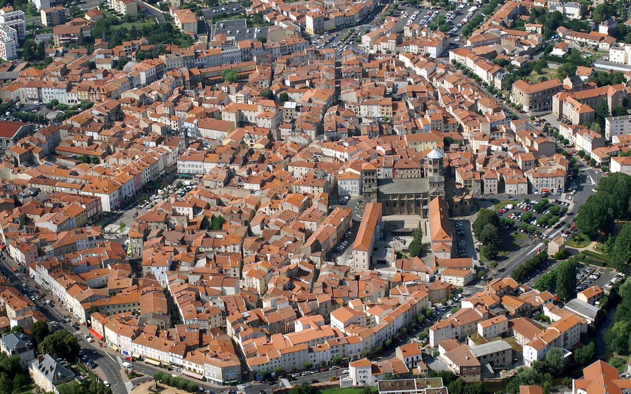 aerial-view-of-issoire-boutique-hotel-auvergne.jpg