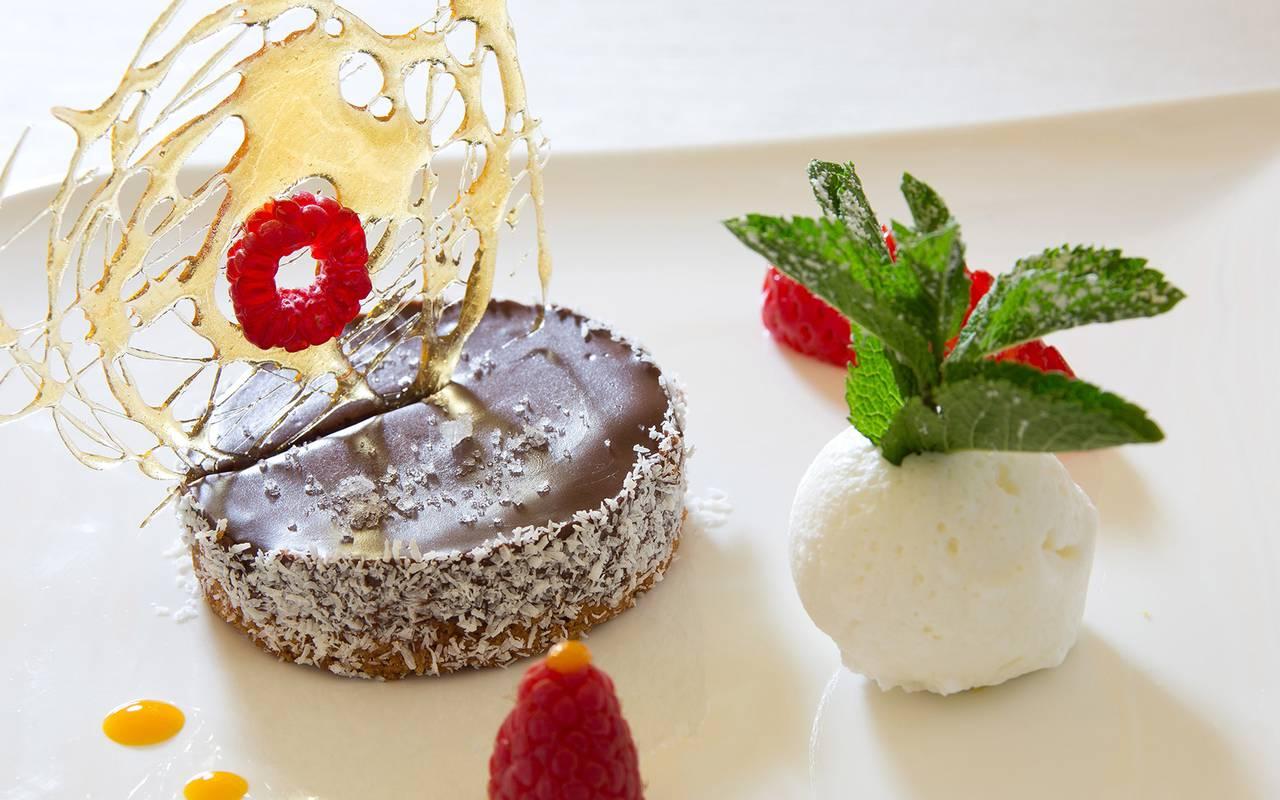 dessert chocolat fraises restaurant puy de dôme