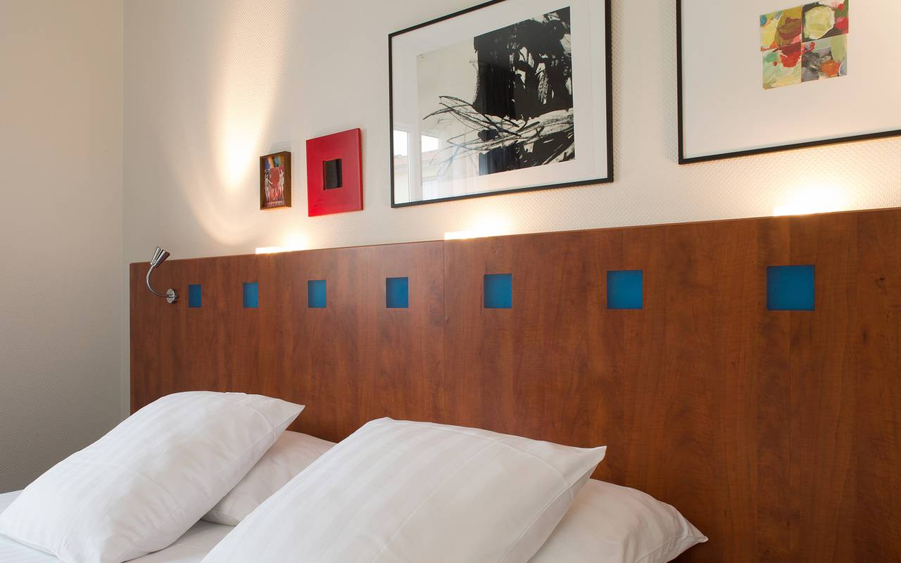chambre double hotel issoire