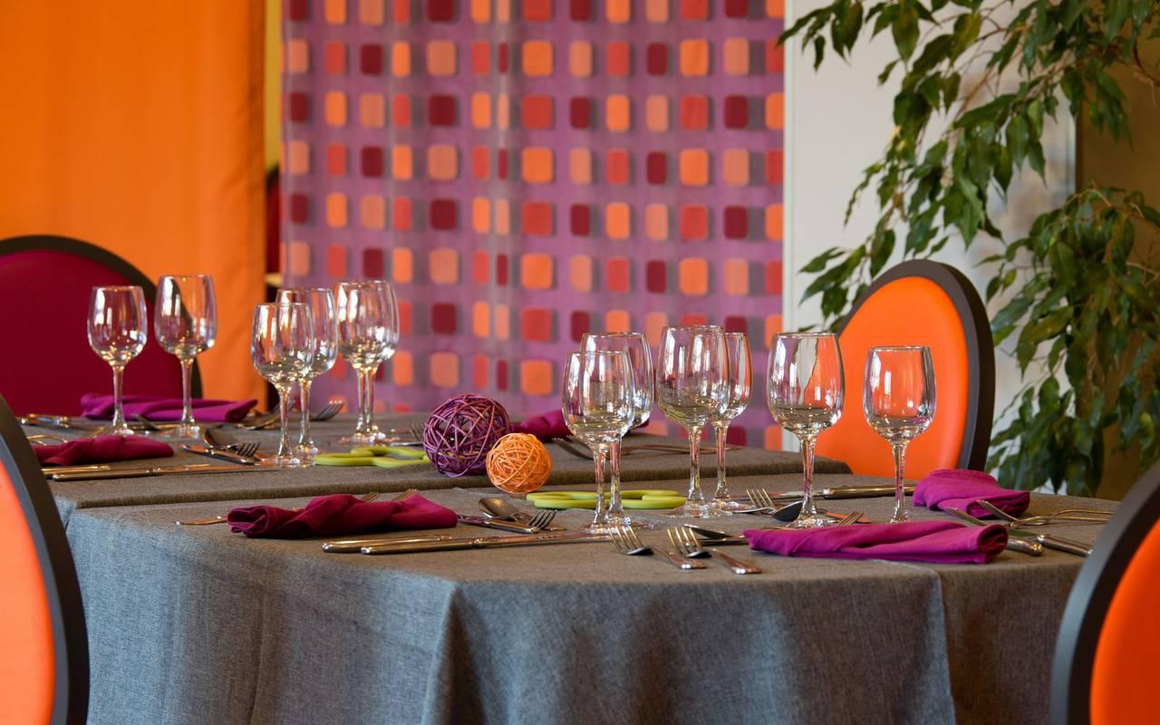 table restaurant Issoire interieur